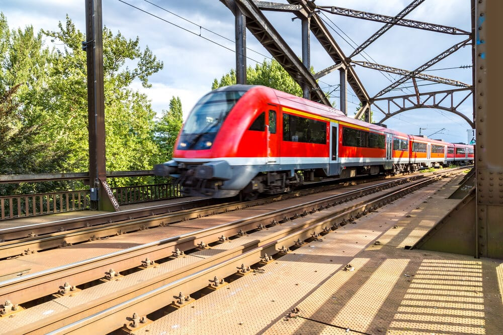 Deutsche Bahn: Tickets und Prozesse bald auf der Blockchain?