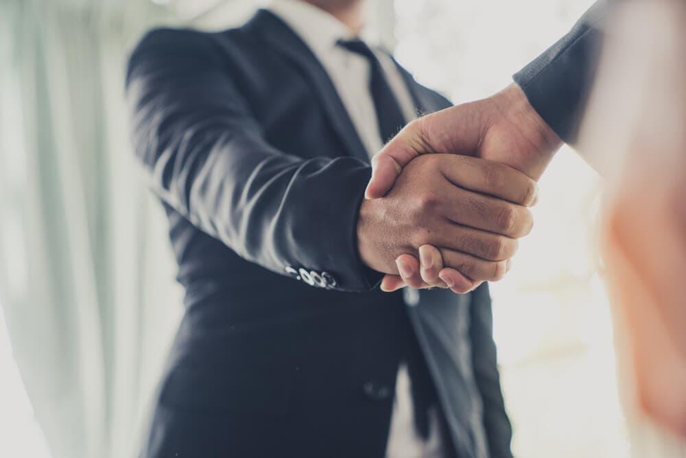 Banco Santander unterschreibt 700 Millionen US-Dollar schweren Blockchain-Deal mit IBM