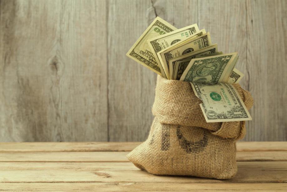 Ein prall gefühlter Geldsack, symbolisch für das Token-Funding