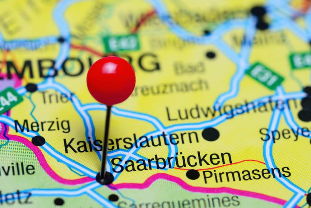 Ring, Saarbrücken: Bitcoin-Betrügerring ausgehoben