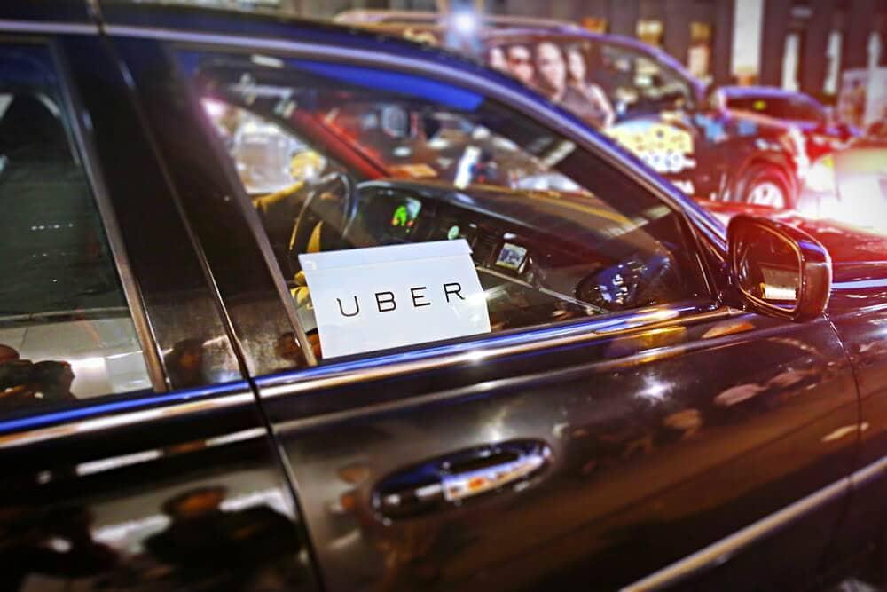 Wie Daimlers Mobility Blockchain Platform Uber das Wasser abgreifen will