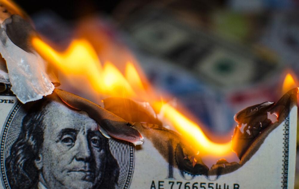 Bitcoin, Wie unorthodoxe Geldpolitik Bitcoins Wachstum begünstigt