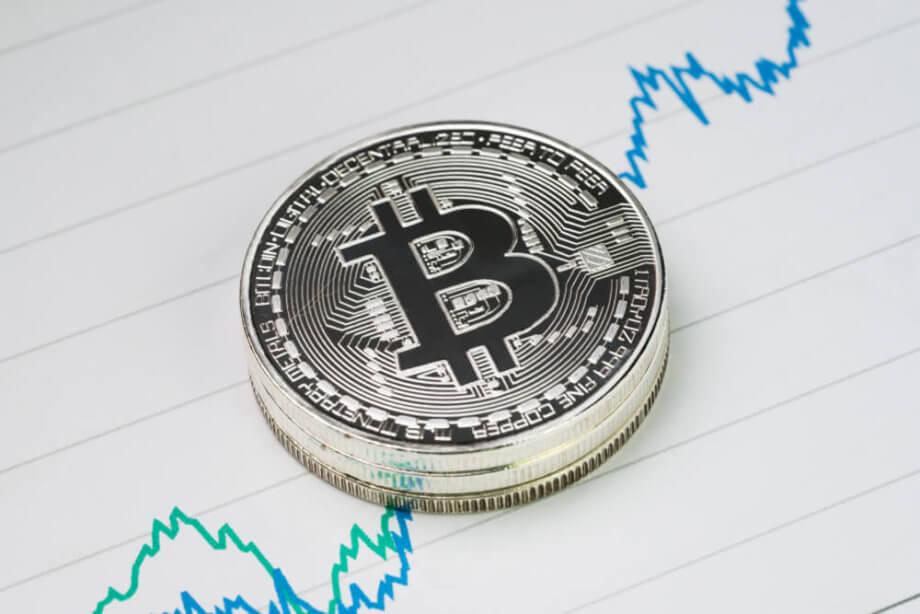 Bitcoin: Einige Punkte deuten auf einen erneuten Kursantieg hin.