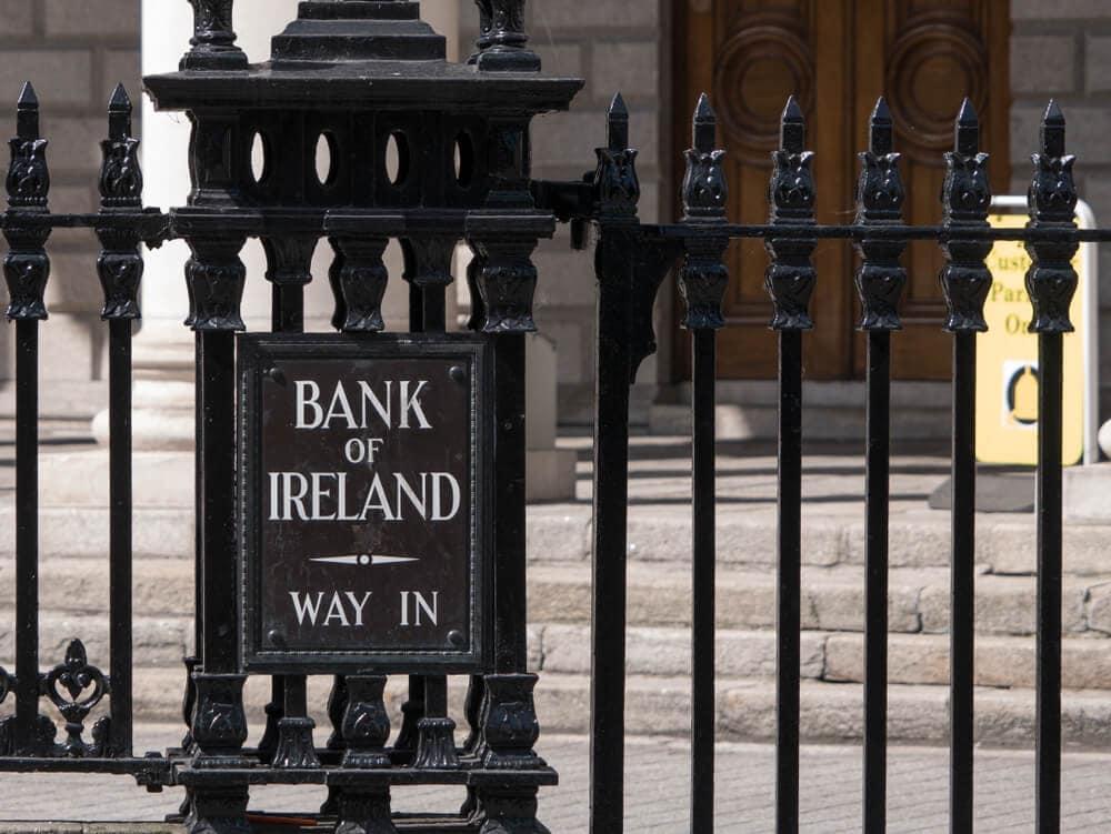 OneCoin: Bank of Ireland offenbar in Geldwäsche verwickelt