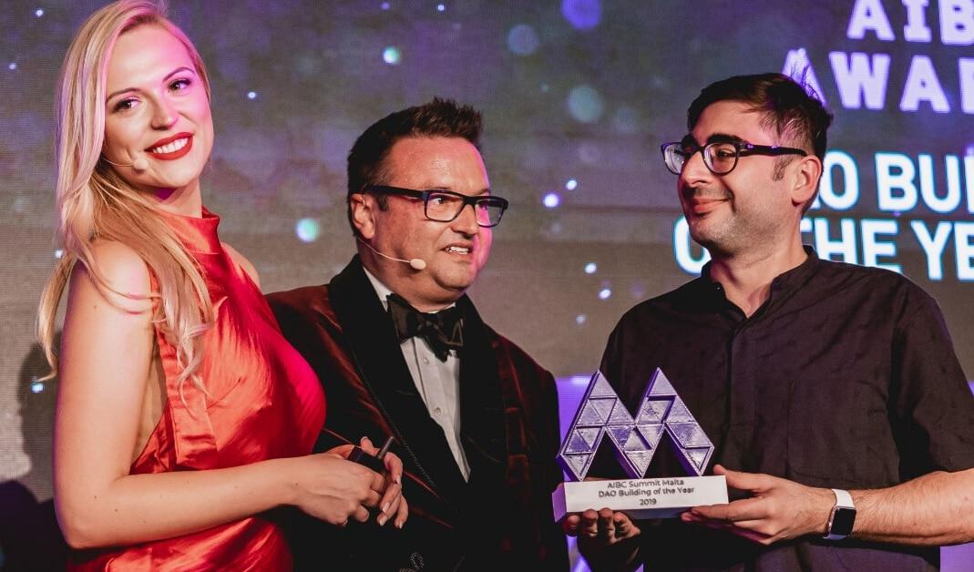 Dash gewinnt Malta Blockchain Summit DAO Innovation Award
