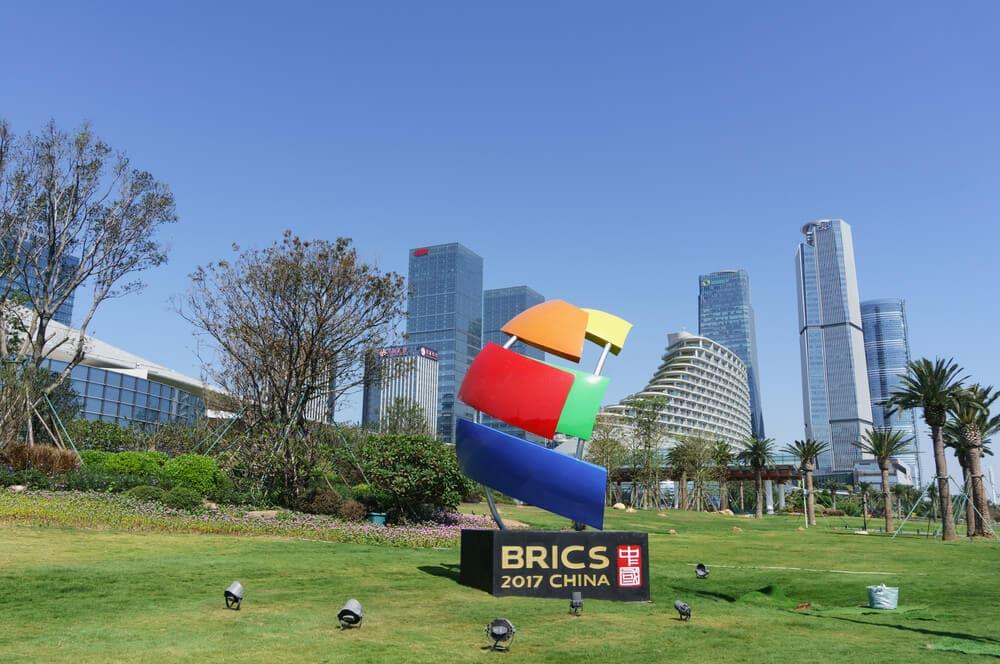 BRICS bilden Allianz gegen SWIFT-Monopol – und planen eigene Kryptowährung