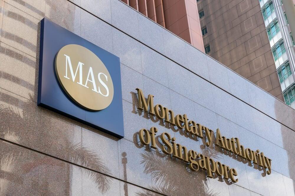 Singapurs Zentralbank und J.P. Morgan testen Blockchain-Überweisungen