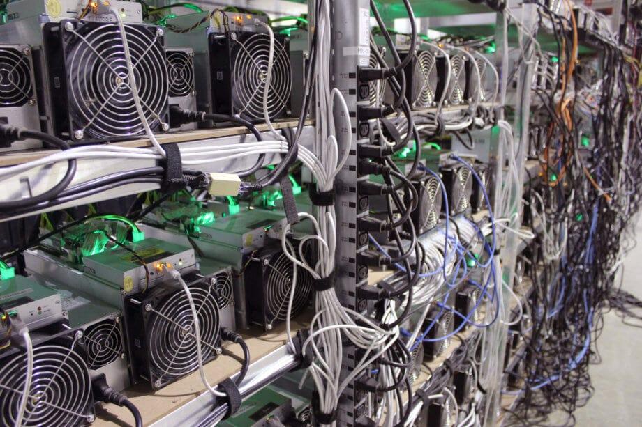 Chinesische Polizei konfisziert knapp 7.000 Bitcoin-Mining-Geräte