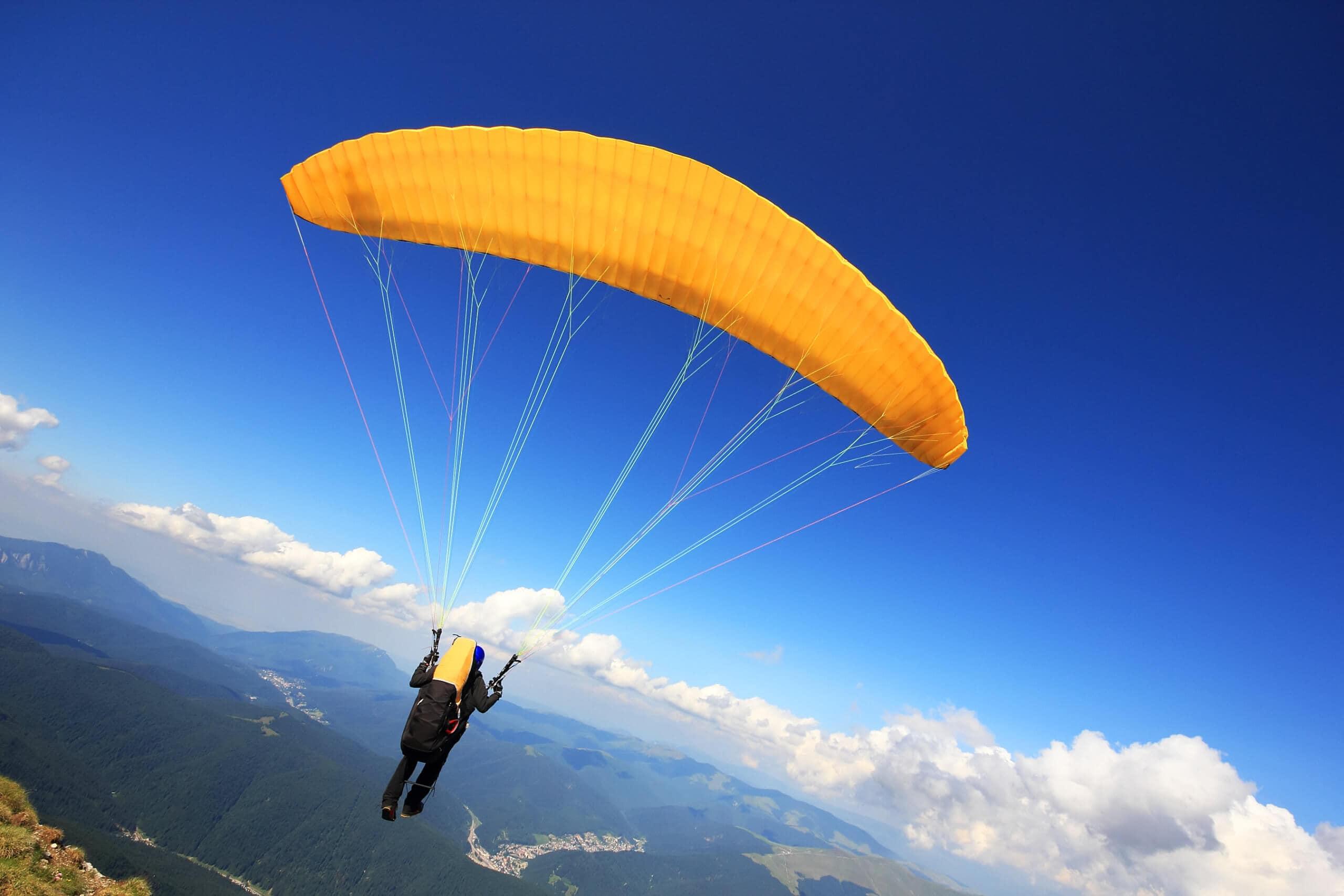 Gleitschirmfliegen vom Berg