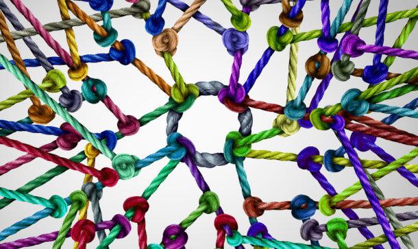 Ein Bündel von Schnüren mit Knoten symbolhaft für ein EOS Netzwerk