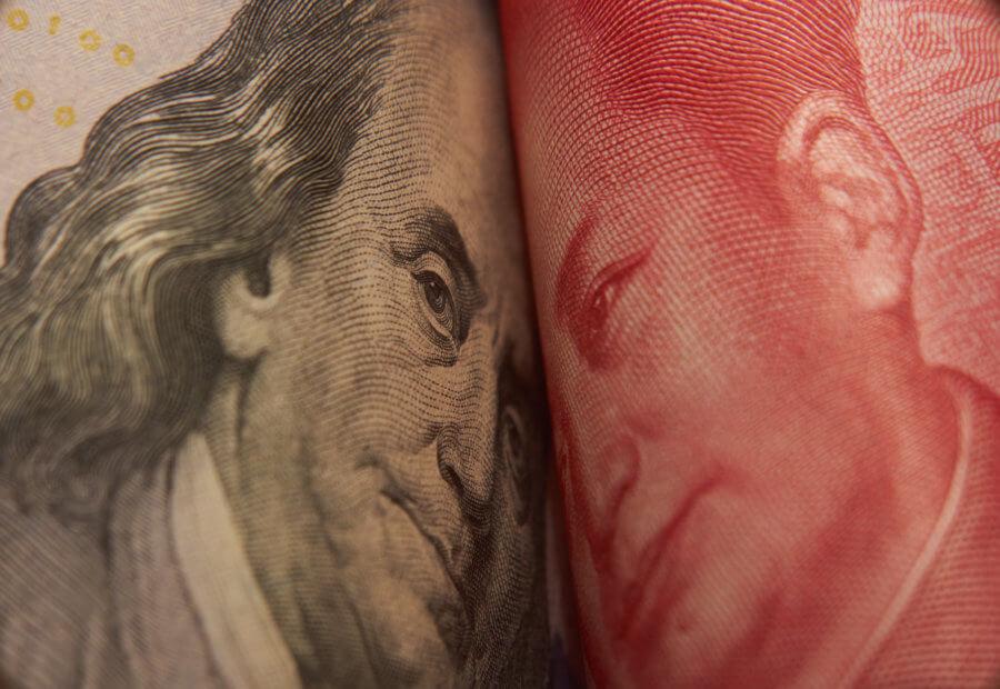 us-dollar-notenschein-neben-yen-notenschein