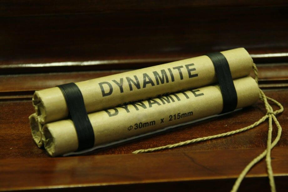 Drei Stangen Dynamit