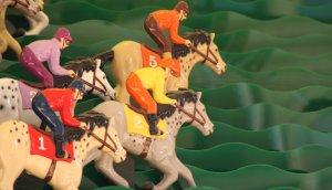Nahaufnahme eines Pferderennspiels
