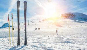 Panorama-Foto einer Ski-Piste