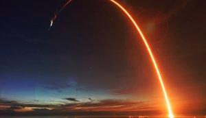 Eine Rakete die startet