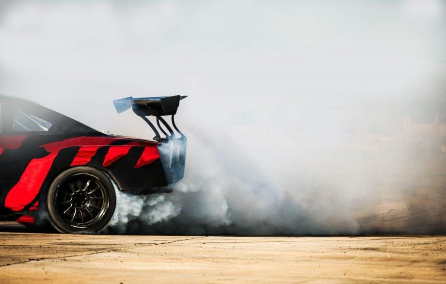 auto macht einen burnout