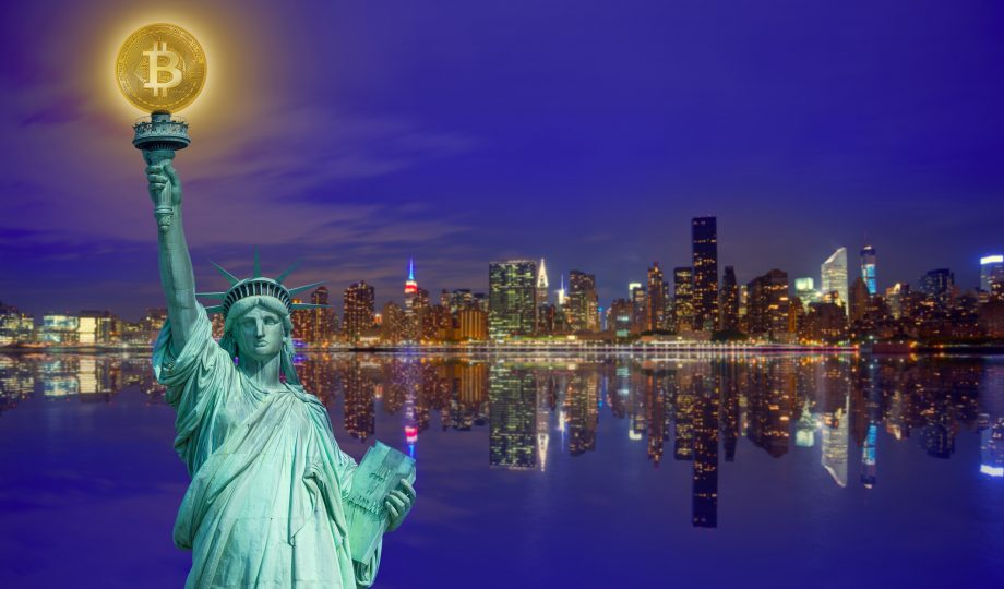 New york skyline with liberty holding bitcoin concept photomount