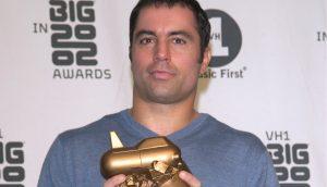 Joseph Rogan_ear Factor presenter JOE ROGAN at the VH-1 Big in 2002 Awards in Los Angeles