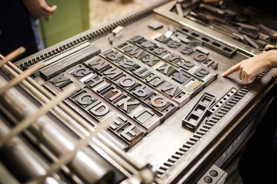 Alt Buchdruckmaschine