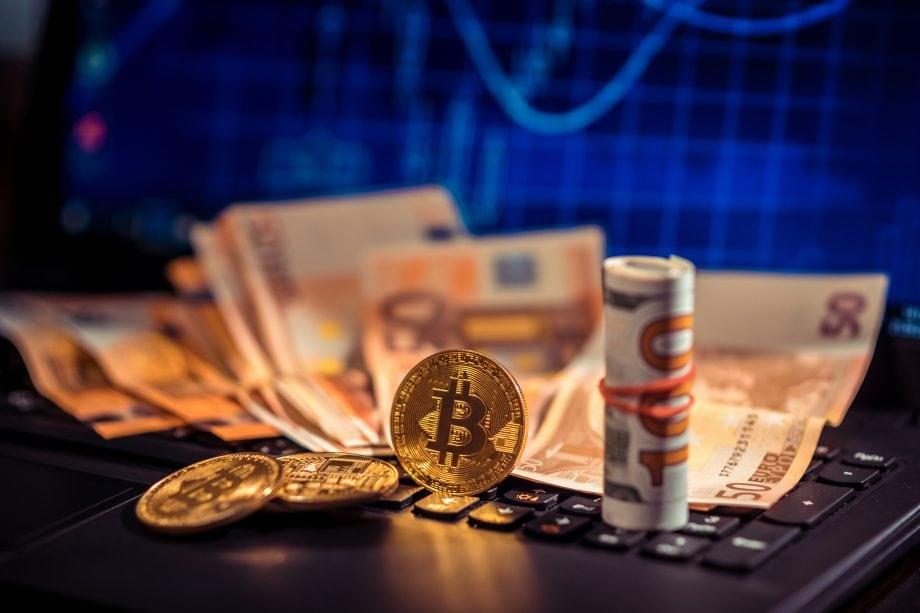 Bitcoin und Bargeld