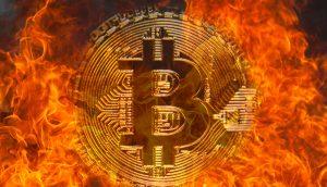 Bitcoin in brennenden Flammen, die den Finanzmarkt symbolisieren