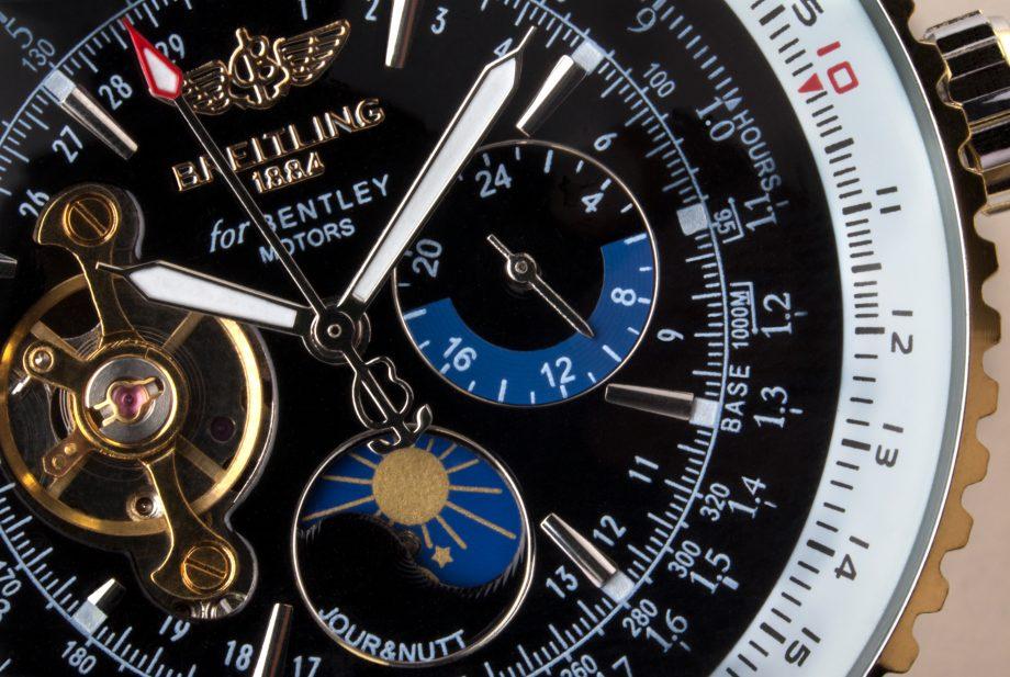 Breitling-Uhr in Nahaufnahme
