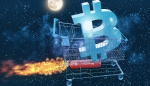 3D-Grafik eines raketenbetriebenen Einkaufwagens, darin das Bitcoin-Symbol, im Hintergrund der Mond