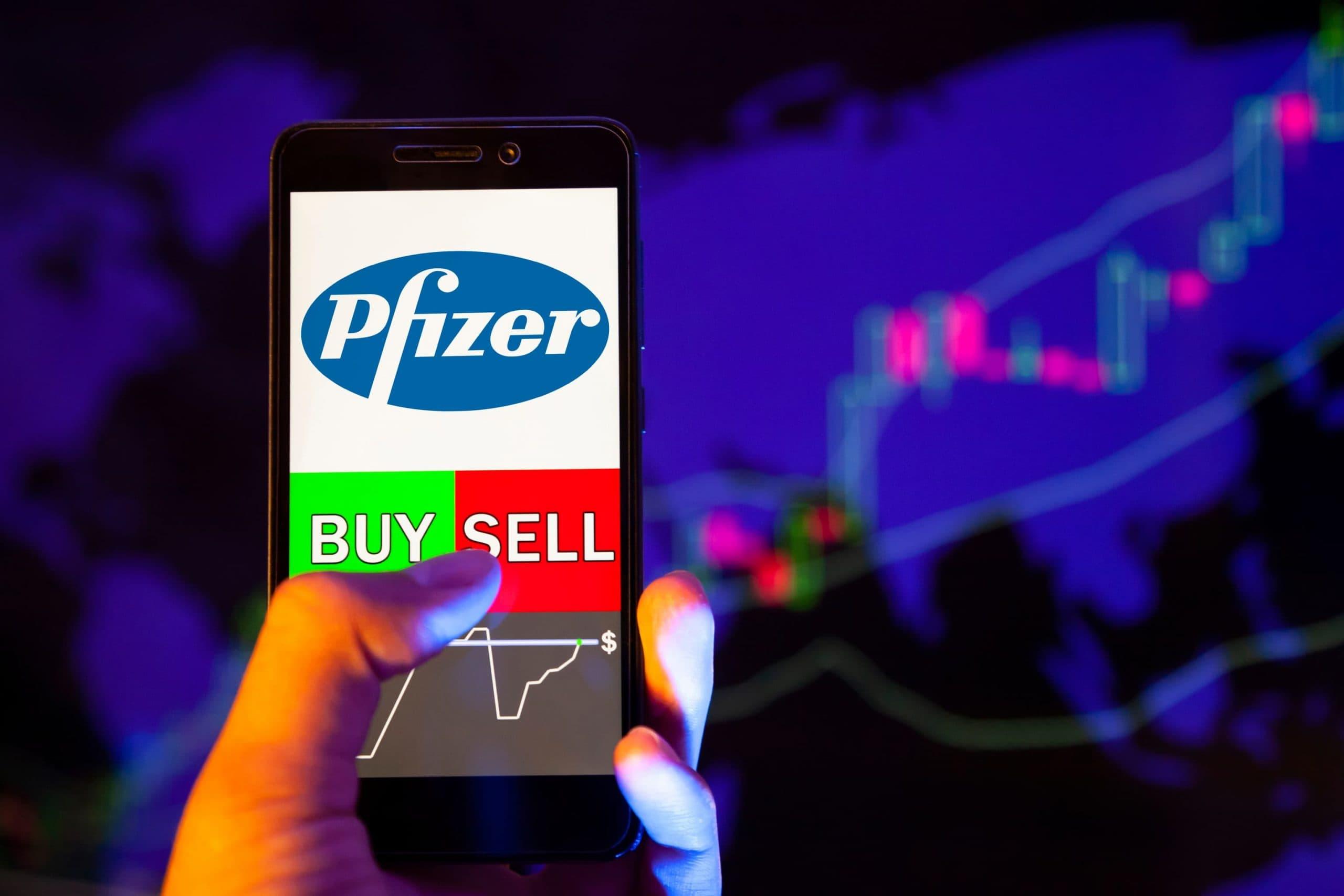 Illustration einer Trading-App mit Pfizer-Logo, im Hintergrund ein Börsenchart