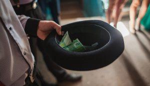 Ein Hut voll Geld