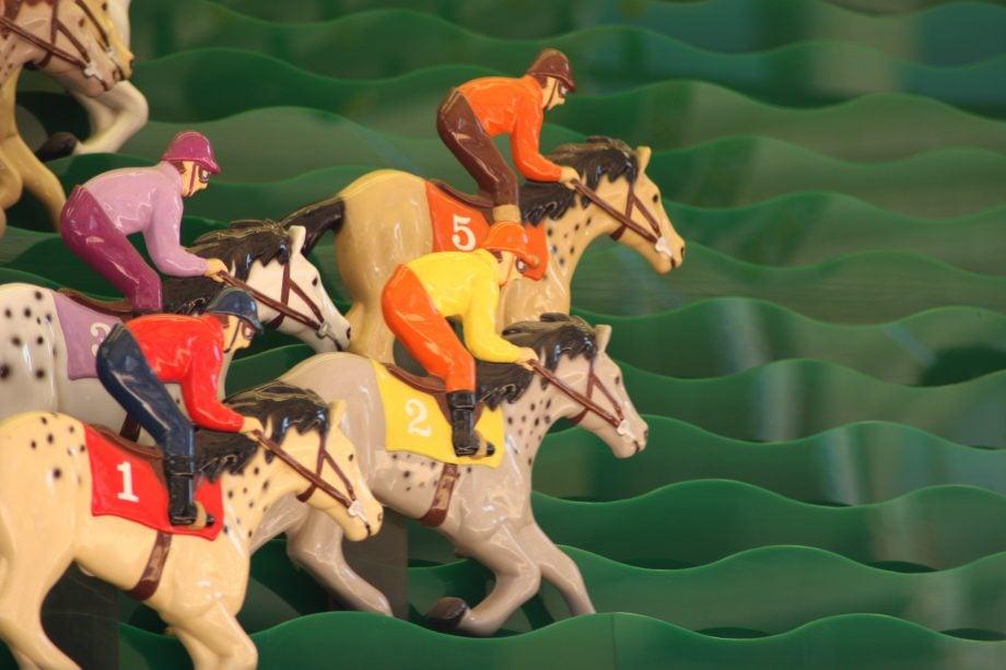 Pferderenn-Spiel, symboldbild Bitcoin Altcoin Rallye