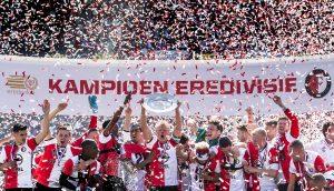 Der Eredivisie-Club Feyenoord feiert den Sieg der Ligasaison 2017.