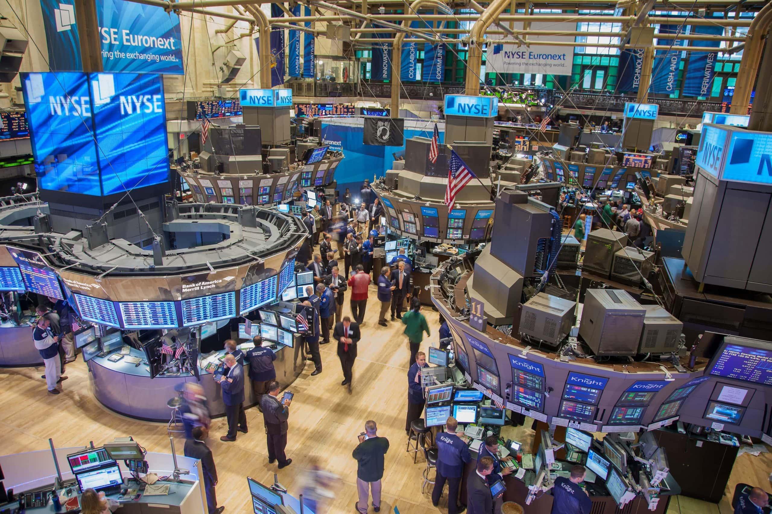 Die New Yorker Wall Street als Symbolbild für Krypto-Hedgefonds.
