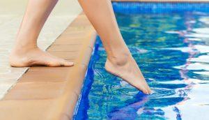 Zeh im Wasser
