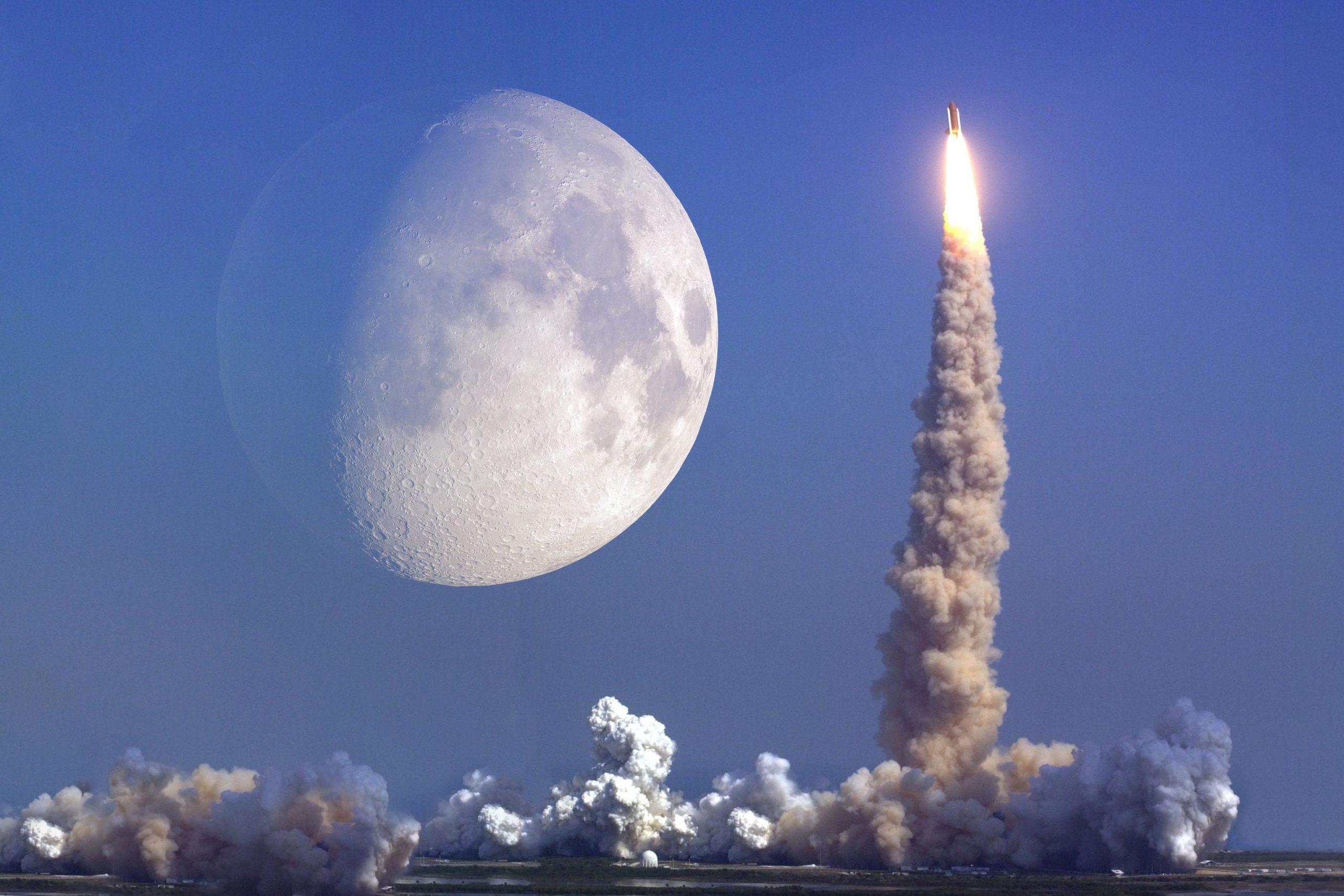 Raketenstart mit Mond im Hintergrund. Symbolbild NFT-Rekord