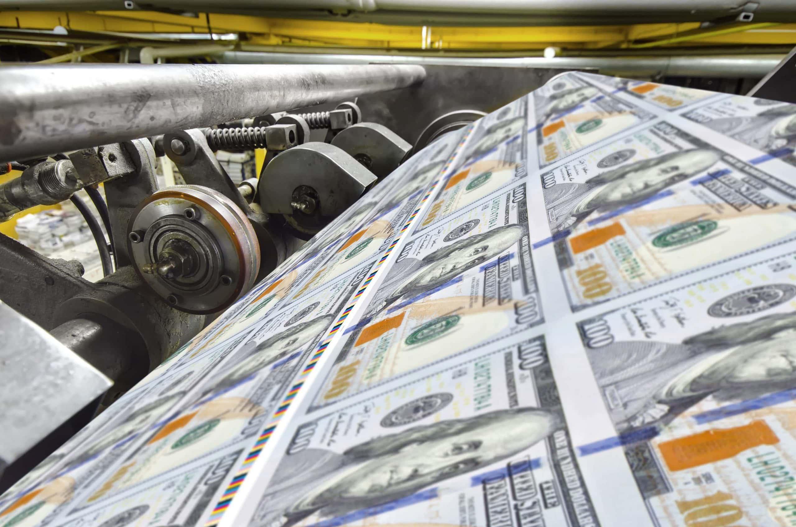 US-Dollars in der Druckmaschine.