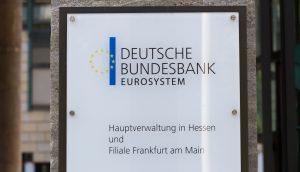 Schild der Deutschen Bundesbank in Hessen.