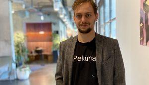 Wrner Hoffmann in den Räumlichkeiten von Pekuna.