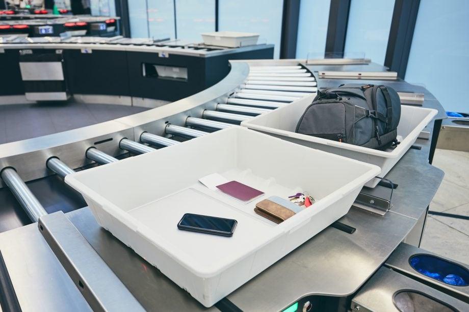 Flughafenkontrolle unterminiert Privatsphäre.