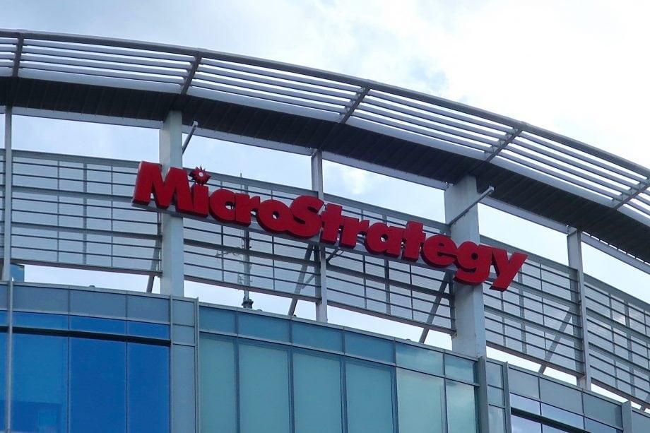 Gebäude an dem MicroStrategy dran steht.