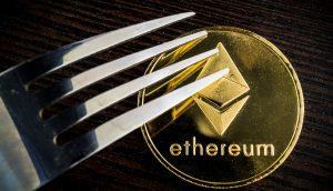 Gabel auf Ethereum-Münze