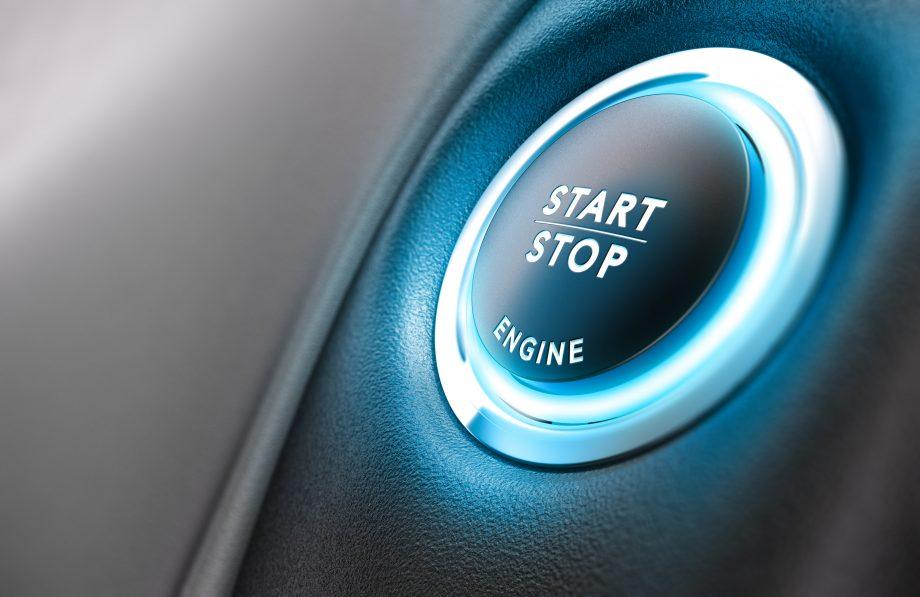 Starttaste eines Autos