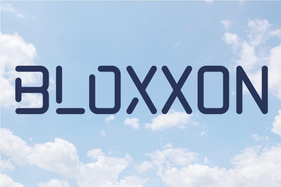 Bloxxon zwischen den Wolken