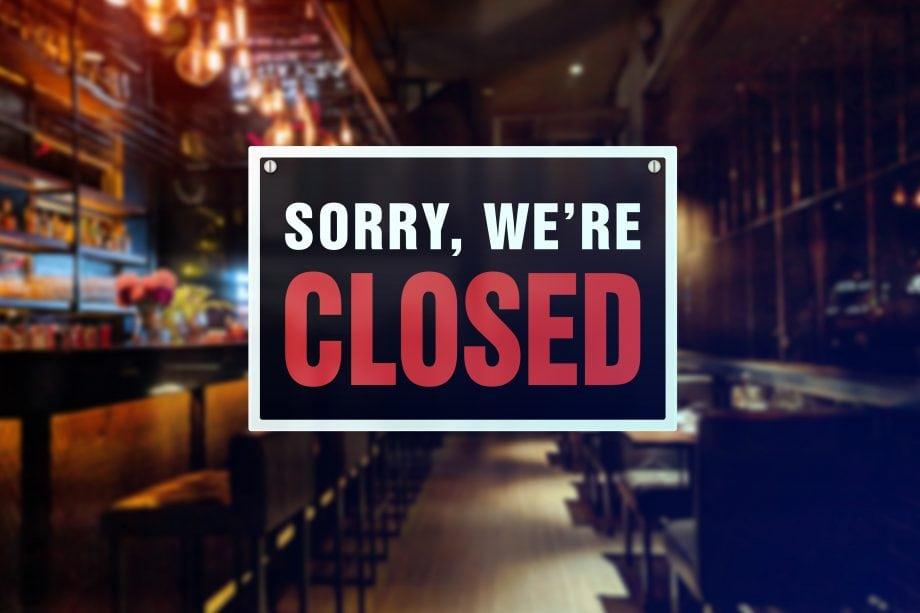 Closed steht auf einem Schild