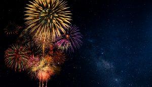 Feuerwerk am Sternenhimmel