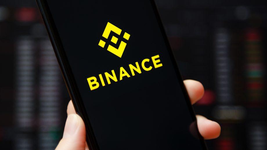 Binance Logo auf Handy