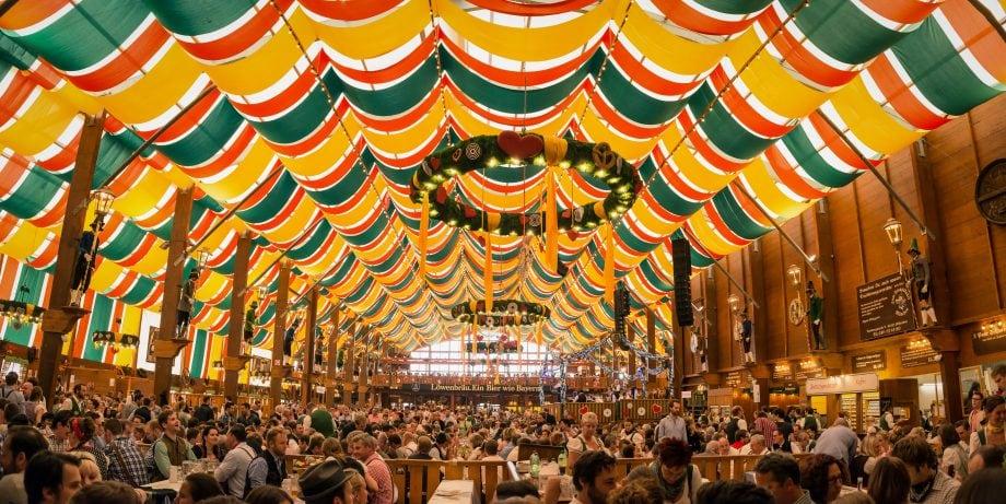 Oktoberfestzelt in München.
