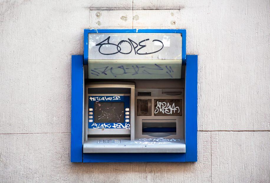 Banken ATM zerstört